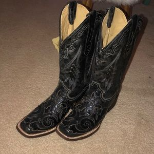 Brand New Corral Cowgirl boots!